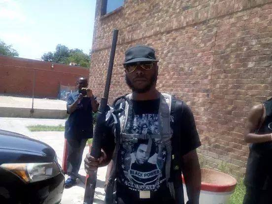 Black Militia co-founder celebrates the killing cops, video of armed protest