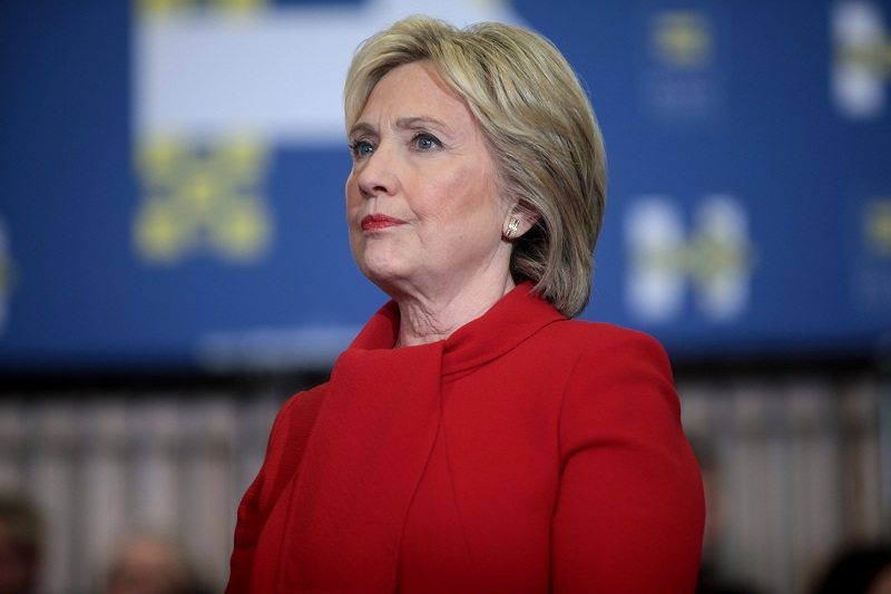 Clinton promises to destroy conservative website as president