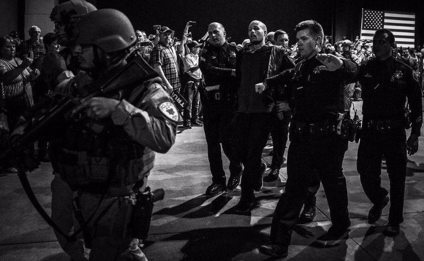 Man at Trump rally in Reno, Nevada, arrested (Nov. 5, 2016)