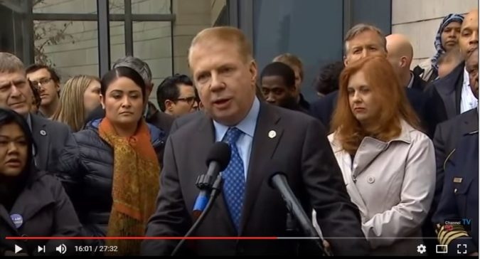 Seattle Mayor Ed Murray's city is 16th on a list of 20 metro areas that have high concentrations of illegal aliens, according to a new Pew report. (YouTube/Channel 90seconds)