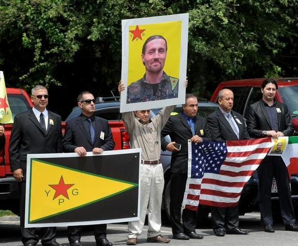 American Keith Broomfield is bade farewell by Kurdish civilians after his death fighting against ISIS. (Twitter)