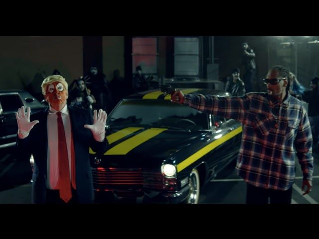 Snoop Dogg shoots Trump