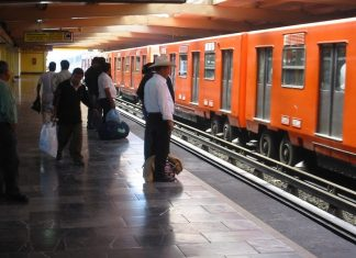 Mexico City penis seat subways