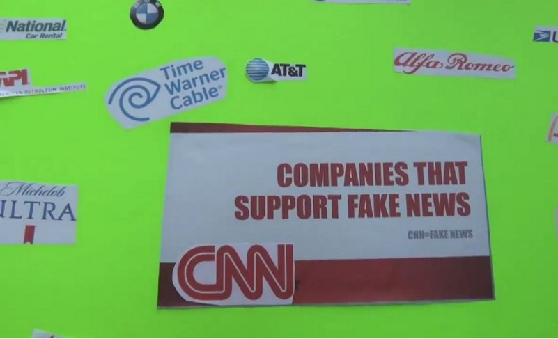 Video: Conservative Groups Protest against CNN HQ in Atlanta