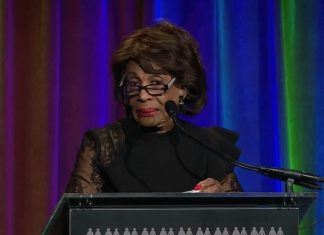 Maxine Waters take out Trump