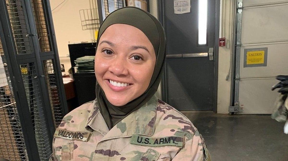 soldier hijab lawsuit