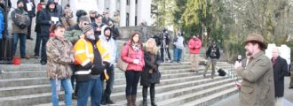 WA gun rights rally coincides with court motion against Seattle