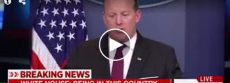 Sean Spicer embarrasses NY Times reporter in front of entire nation