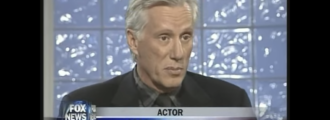 Man threatens to beat actor James Woods over the head with 2×4