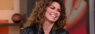 Shania Twain caves to liberal hatemongers, apologizes for saying she would have voted for Trump